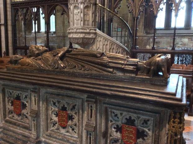 Sepulcro del rey inglés Juan I. (foto:archivo del autor)
