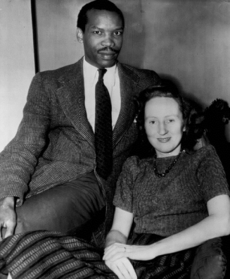 seretse-khama-and-ruth-williams-newspaper